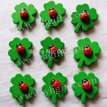 50PCS/LOT,Ladybug on clover stickers,Kids room wall stickers,Craft material,Garden decoration.Fridge magnet,2.5x3cm.on stock.