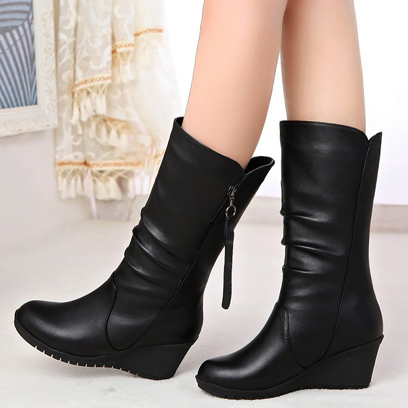 Wedge non-slip Female boot waterproof solid black shoes short plush winter boots woman Leather stitching snow boots size 35-40<br>