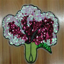 Clothes patch Apparel Sewing & Fabric Cute Tree Red logo, Fashion sequins patches for clothing home DIY free shipping(China)