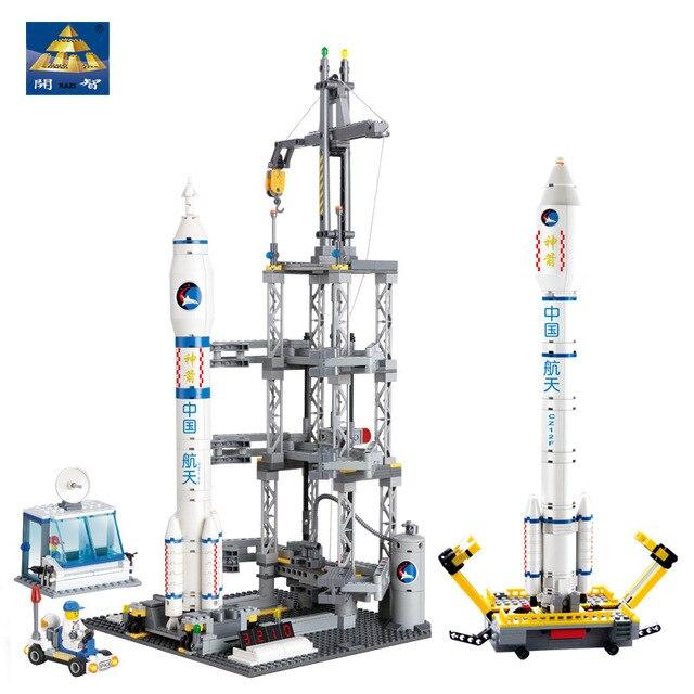 KAZI-83001-822pcs-Space-Series-Rocket-Station-Building-Block-set-Kids-DIY-Educational-Bricks-Toys-Christmas.jpg_640x640