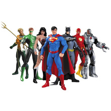 DC Comics Superheroes Toys 7pcs/set Superman Batman Wonder Woman The Flash Green Lantern Aquaman Cyborg PVC Figures Brinquedos