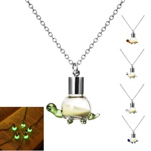 2017 Fashion Glow In The Dark Necklaces Jewelry Silver Plated Chain Neckalces Lovely Tortoise Glowing Statement Necklaces