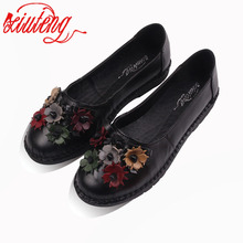 2017 Retro Shoes For Woman Handmade Shoes Genuine Leather flats with Butterfly-knot Spring Lady Sandals Flowers Mother Shoes(China)