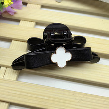 New women leather bow hair crab claw clip fashion girl plaid hairpin Headwear Small sweet wind flowers style acrylic hair clips(China)