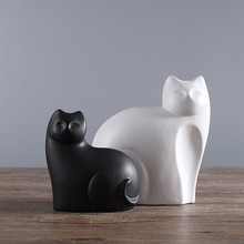 2pcs/set Black and White Ceramic Cats Figurine Animal Statue Ornaments European Modern Craft Home Decor Kitten Office Decoration(China)