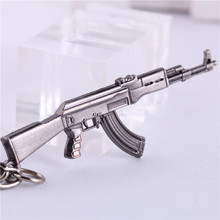 Games Csgo AK Gun Weapon KeyChains Alloy Metal Friendship Keyring Anime Key Holders For Best Friends Chaveiros Llaveros For Men