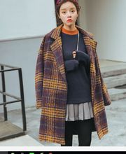 Discount promotion ladies jacket retro plaid autumn and winter thickened cocoon-type wool coat in the long section woolen coat(China)