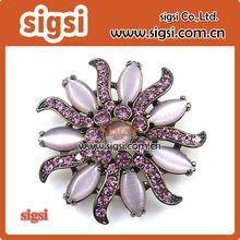 China supplier wholesale wedding decorative rhinestone brooch