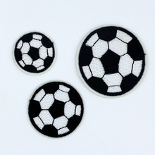 1 set 3PCS NEW football design Badge Iron-On Patches Embroidered Appliques Sewing Patch Clothes Stickers Garment DIY