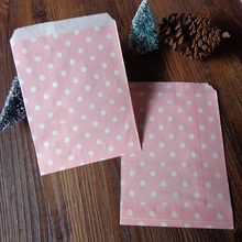100pcs Light Pink Small Dots Paper Bag Strung Food Quality Craft Favor Candy Snack Bag Gift Treat Paper Bag Party Favor5 x 7inch