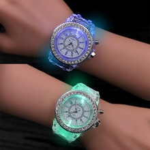 2017 LED Luminous Glow Colorful Night Wristwatch Quartz Watches with Silicone Silicone Band for Lovers Students Children Kids