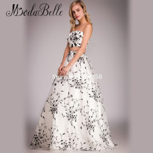 New Arrival Beach Two Piece Vestidos Boda 2016 Real Photo Black And White Wedding Dress Floral Embroidery Flower Bridal Gown