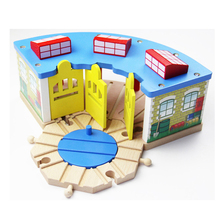 P144 Wooden Thomas bulk train track accessory, three-door garage + blue turntable, compatible with wooden Thomas train tracks(China)