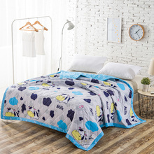 2017 Hot sale spring summer healthy ployster/cotton knitted cartoon printed comforter blanket quilt bedding set