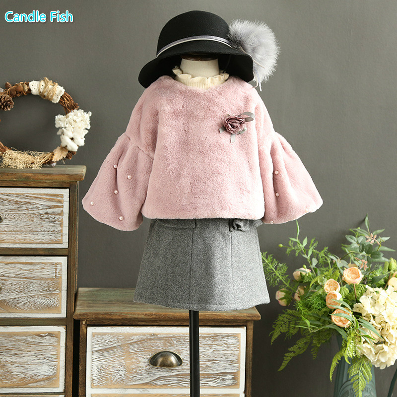 2017 autumn and winter new childrens clothing girl sweet plush pearl seven sets of clothing sweater with woolen skirt 2 sets<br>