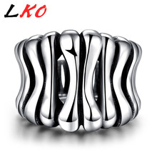 LKO Right Hand Rings Punk Rock Stainless Steel Silver Plated Rows Of Bone Skeleton Ring Motor Biker Jewelry for Men Patry Gifts(China)