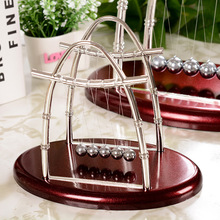 New Arched Metal Newton pendulum Balls miniaturas plastic Swing collision Balance balls novelty Craft Home Decoration Accessory