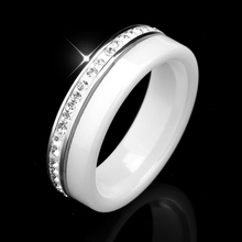 ue Design Women Wedding Rings Bling Paved Micro Zircon Crystal Ceramic Rings For Women One Row Rhinestone Elegant Ring Jewelry