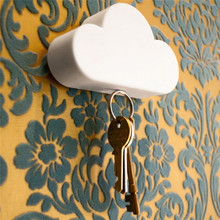 Creative 4Color Novelty Home Storage Holder White Cloud Shape Hanger Magnetic Magnets Key Keychain Holder Wall Decor Gift