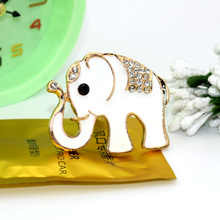 ANZULWANG long nose elephant car modeling air freshener car air conditioning ventilation alloy car air outlet perfume(China)