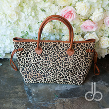 Short Fur Leopard Designs Cord Trims Canvas Tote, Hard Hair Cheetah Patterns Brown Tote Bags with Snap Closure DOM-1010369C