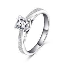 LZESHINE 2017 Classic Rings Simple Design Sparkling Solitaire Women Engagement Silver Color CZ Forever Wedding Ring bijoux