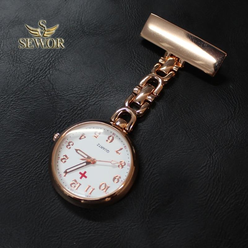 Klambriga kinnitatav kuldne uur
