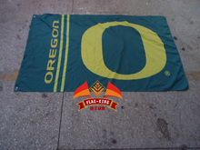University of Oregon flag 90x150cm  ,flag king Brand,100% Polyester  banner,  custom any size company advertisement flags
