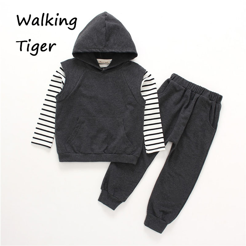 Children tops + Hooded vest + pants , girls clothing sets fashion autumn new 2017 coat casual trousers<br>