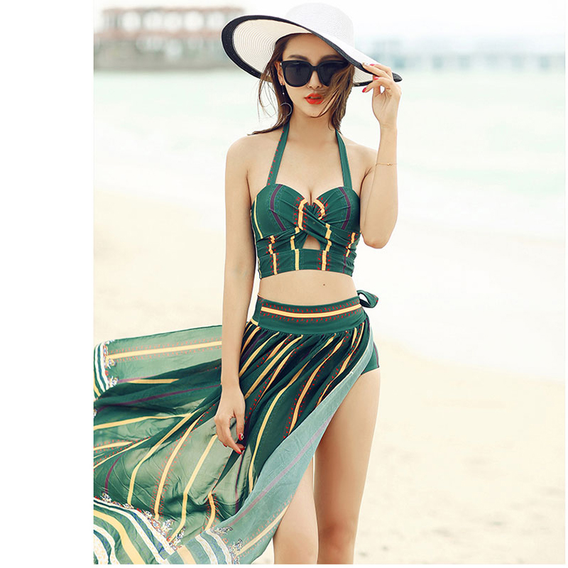 Swimsuit female bikini suit Korean style split small incense small chest sexy was thin spa swimsuit beach party holiday printing<br>