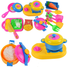 17pcs/set Play House Toys Small Chef Kitchenware Simulation Kitchen Utensils Toy Baby Children Early Educational Tool(China)