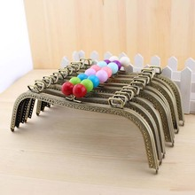 C42 antique brass ring big M-shaped Kiss Clasp 26CM Candy bead multicolor Metal purse frame DIY handle Bag accessories(China)