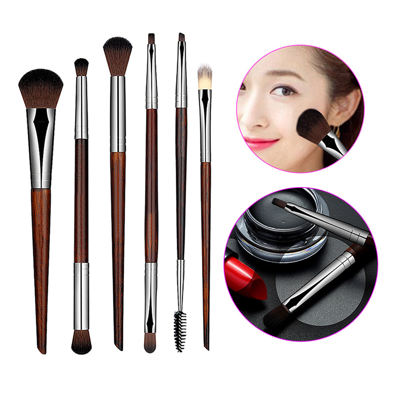 Eye makeup brushes