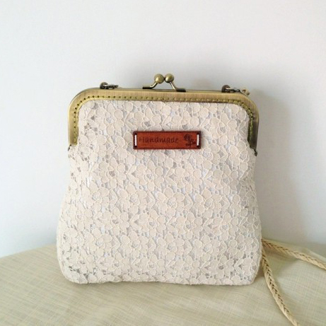 2017 Women Shabby Chic Lace Shoulder Bag Handmade Vintage Retro Victorian Style Wedding Cotton Frame Stacy Small Funky Bag<br><br>Aliexpress