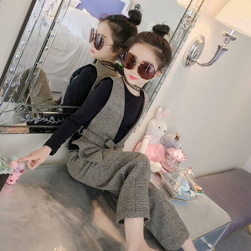 Childrens clothing 2018 spring new  childrens checkered England plaid pant with vest t-shirt  three suits<br>