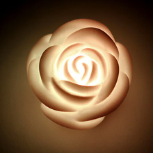 2Pcs/lot Romantic Changing LED Floating illumination Rose Flower Candle Night Light Home Decoration