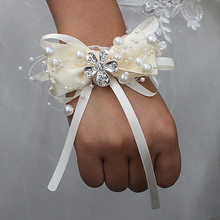 Factory 5pcs/lot Ivory Bow Tie Pearl Beaded Wedding Wrist Flowers Bridesmaid de Marriage Ribbon Crystal Corsages Hand Flowers
