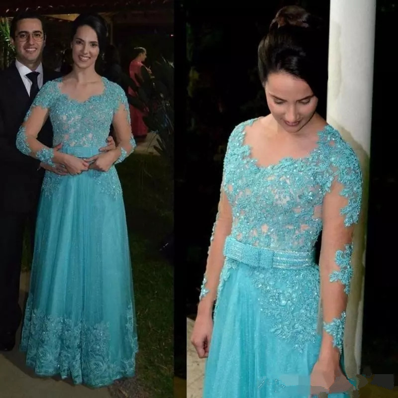 2019 Long Sleeve Mother Of The Bride Dresses Appliques Beaded Blue Lace Robe De Soiree Button Back Formal Evening Dresses Gowns