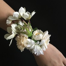 4 colour Artificial flower Women Hand flowers Bride wrist Corsages Wedding Flower Party Decoration 1 pieces price