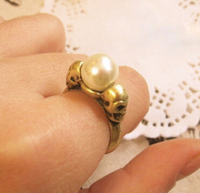 R153 Latest Fashion Foreign Trade Of The Original Single-Sided Skull Retro Simple Pearl Ring Jewelry Factory Direct