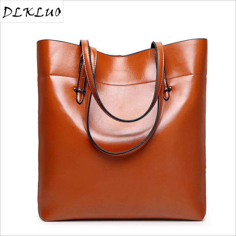 2017 Tide fashion tote bag two layer of leather leather bag a big bucket on behalf of Europe and the big bag<br>