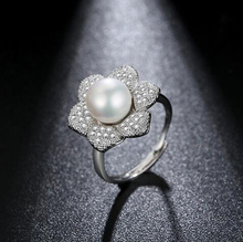 Top Quality New Luxury Flower Ring Mosaic AAA Premium Zircon Ring Resizable Silver Rings With Pearl Wedding Jewelry for Women