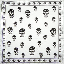 100% Silk Scarf Women Scarf Skull Scarf Silk Bandana 2017 Foulard Neckerchief Men Small Square Silk Scarf Luxury Gift for Lady