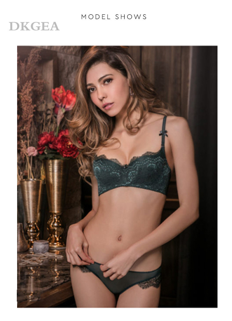 Young Girl Green Sexy Bra Set Plus Size D Cup Thin Cotton Brassiere Lace Underwear Women Sets Black Embroidery Lingerie Luxury 3