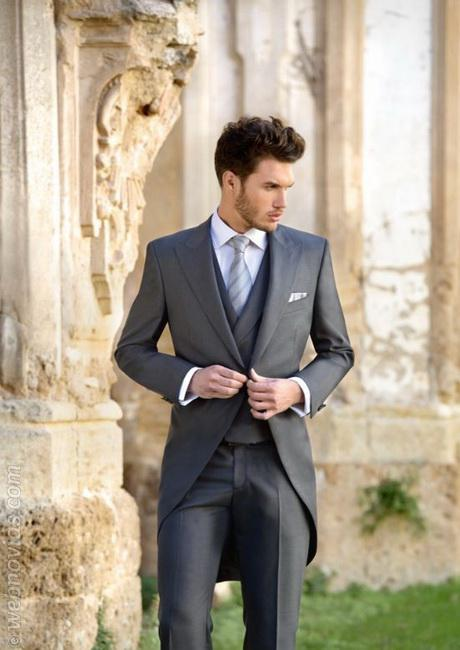 Men Suits Peaked Lapel Swallow Tailor Coat 3 Pieces(Jacket+Pants+Vest+Tie) High Quality Formal Terno Masculino Custome Made Suit