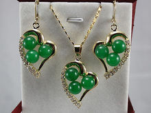 Free shipping green fine stone heart-shaped Pendant Necklace Earrings set AAA style 100% Natural fine stone Noble