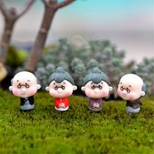 4Pcs/set Warm Miniature Old Granny Grandpa Christmas Resin Fairy Home Garden Craft Gifts Home Decor