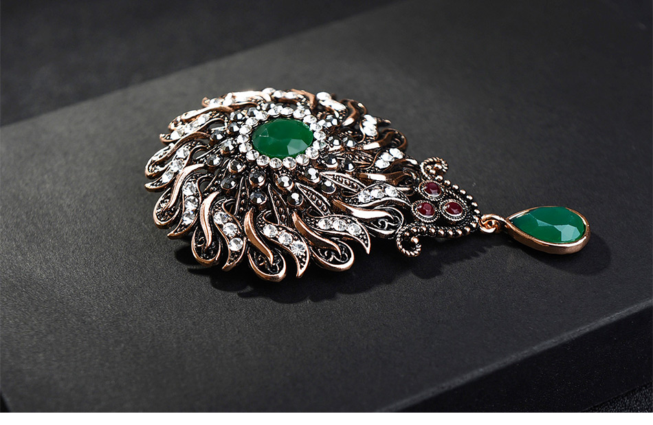flower-vintage-brooch-statment-green-color-with-pendant_03