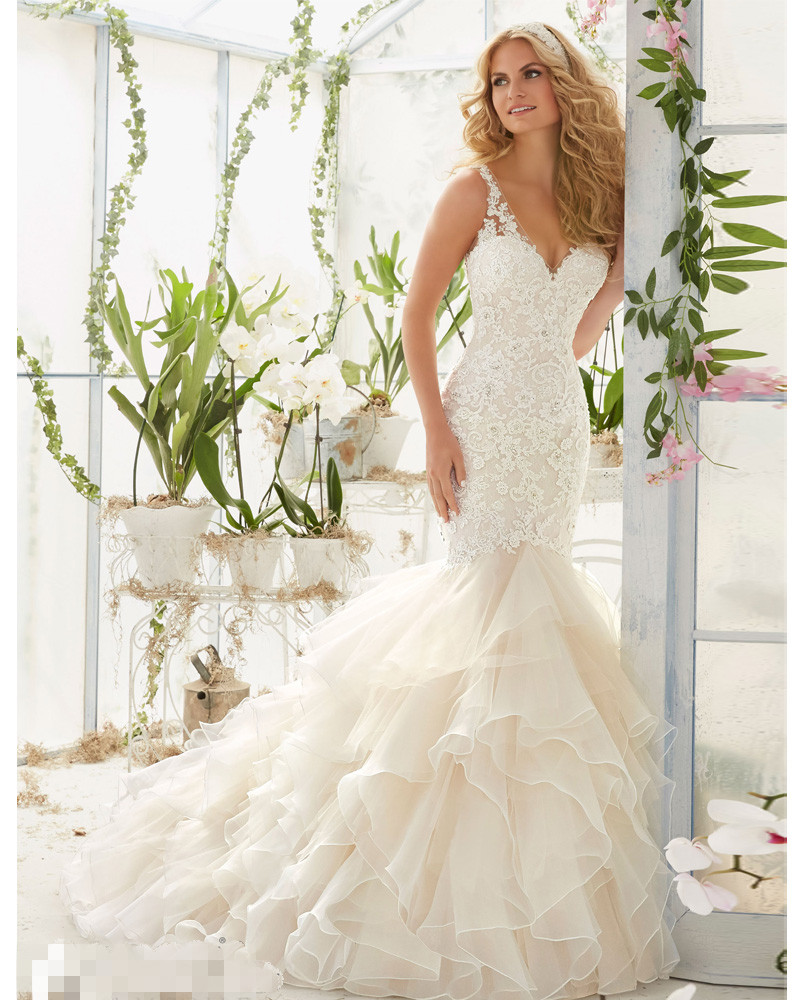 Latest Designs V-Neck Lace Mermaid Wedding dresses 2017 Sheer Back Sleeveless Tiered Wedding Gown Robe mariage Vestidos de novia