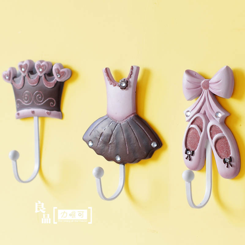 Special offers colorful sets of three creative hook coat hooks wall decoration crown princess dress shoes hook<br><br>Aliexpress